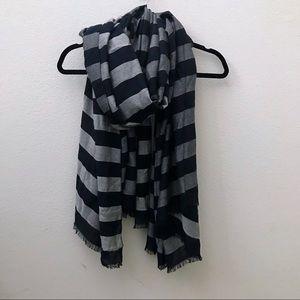 Banana Republic navy blue gray stripe preppy scarf